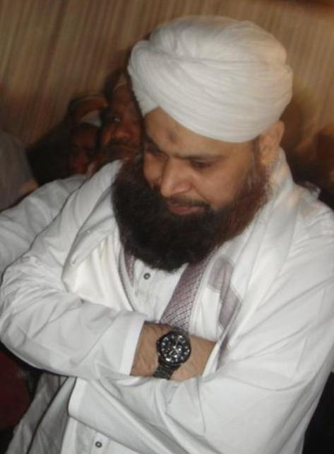 Owais Raza Qadri Biography
